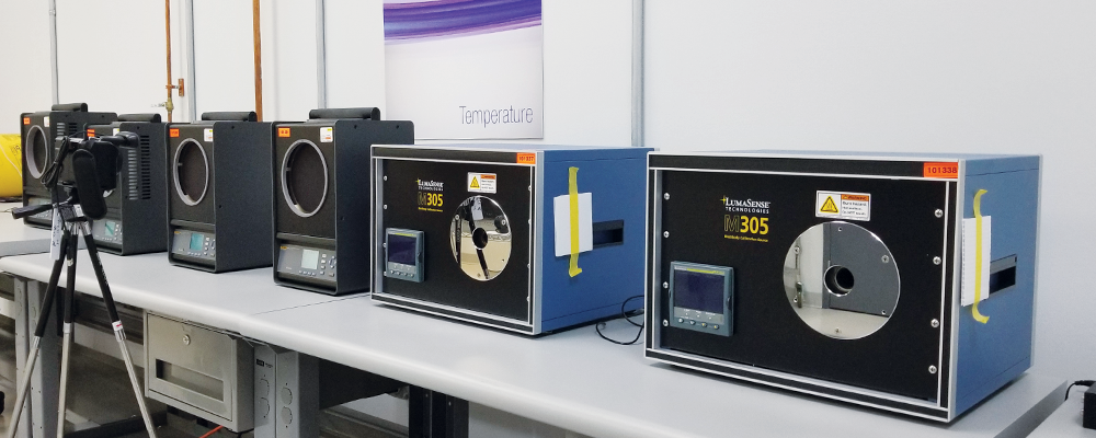 Figure 2: Calibration of a Thermal Imager Using Blackbody Sources